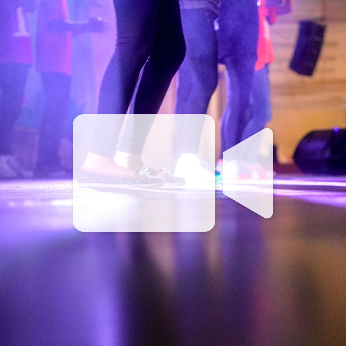 En ligne - Danse en ligne - Perfectionnement (Vendredi)